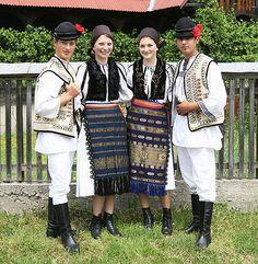 Traditional Romanian folk costumes from Mediaş, Sibiu County, Transylvania