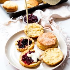 These lemonade scones are so simple, and they tastes incredible fresh out of the oven. Breakfast Recipes, Snack Recipes, Scone Recipes, Clean Breakfast, Healthy Recipes, Healthy Foods, No Cook Desserts, Easy Desserts, Baking Recipes For Kids