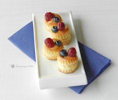 Mini volovanes con crema pastelera y frutas del bosque