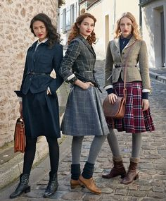 25 stylish outfits that explain why tweed is always with you .- 25 stylish outfits that explain why tweed is always with you – # - Mode Outfits, Stylish Outfits, Fall Outfits, Fashion Outfits, Fashion Trends, Fashion Bloggers, 40s Outfits, Fashion Capsule, Woman Outfits