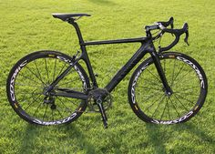 Canyon Aeroad CF 9.0 - Like a Stealth Fighter