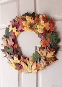 Learn the quick and easy way to press fresh fall leaves into a simple and beautiful wreath! Learn the quick and easy way to press fresh fall leaves into a simple and beautiful wreath! Autumn Wreaths For Front Door, Easy Fall Wreaths, Diy Fall Wreath, How To Make Wreaths, Door Wreaths, Wreath Ideas, Garland Ideas, Yarn Wreaths, Ribbon Wreaths