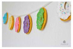 Easy cute sugary sweet Funfetti Crochet Donuts Garland for decorating your house or a party. An easy project, great for beginners.