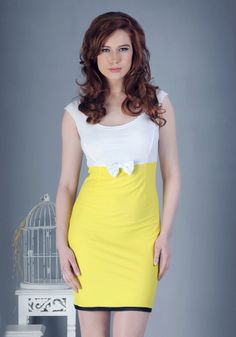 yelow dress - vintage style