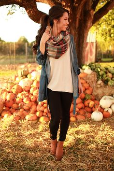 Layering in the fall is easy as {pumpkin} pie!  {The Harper Tunic Sweater by @merittclothinglabel $39, Kind Heart Suede Bootie by @chineselaundry $109, Cozy Love Infinity Blanket Scarf $24, Caught in The Moment Chambray Jacket $56, The Brighton Skinny $48} #shopimpressions #chineselaundry #fallstyle #ootd #merittbabe
