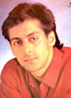 As Salman Khan completes 30 years in Bollywood here are 15 different looks of Dabangg Bhaijaan Salman Khan Young, Salman Khan Photo, Aamir Khan, Bollywood Stars, Bollywood News, Salman Khan Aishwarya Rai, Prem Ratan Dhan Payo, Hymen, Handsome Actors