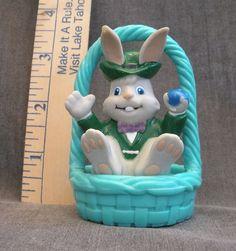 Vintage Trendmasters Easter Bunny Rabbit in Basket Ornament Decoration 1992