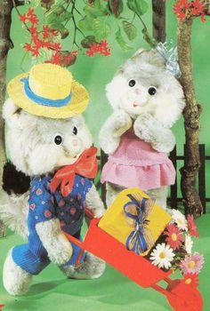 Vintage postcard  Males bear brings his beloved females bear gifts 70's