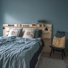 Bedroom Bed Design, Home Decor Bedroom, Cozy Small Bedrooms, Home Fix, Green Rooms, Headboards For Beds, New Room, Home And Living, Home Furniture