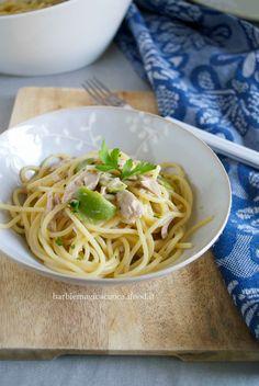 spaghetti al limone con tonno e olive