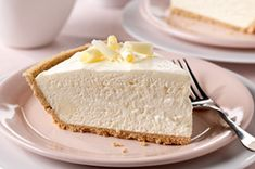 Spoon a velvety & fluffy filling into a crust for this Fluffy White Chocolate Cheesecake. Fluffy White Chocolate Cheesecake is an airy, no-bake dessert. Chocolate Cheesecake Recipe Kraft, Whip Cheesecake, Fluffy Cheesecake, Chocolate Flavors, Chocolate Pudding, Chocolate Cake, Chocolate Cheescake, Easter Cheesecake, Classic Cheesecake