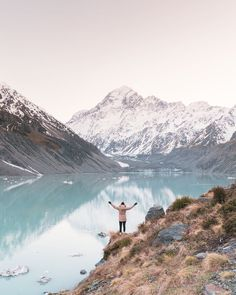 12 Must See Places On The South Island Of New Zealand - Renee Roaming New Zealand Itinerary, New Zealand Travel Guide, Kayak Pictures, Marlborough Sounds, Christchurch New Zealand, Lake Wanaka, New Zealand South Island, Australia Travel, Visit Australia