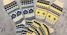 ME/CFS-potilaan arkea villasukan kudonnan parissa. Mitä ME/CFS-potilas miettii ja kutoo, ja mitä siitä syntyy... Marimekko, Socks, Fashion, Moda, Fashion Styles, Sock, Stockings, Fashion Illustrations, Ankle Socks