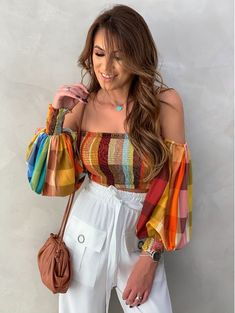 Crop Top Outfits, Summer Outfits, Girl Outfits, Fashion Outfits, Fashion Ideas, Fashion Inspiration, Indian Fashion Salwar, Indian Fashion Trends, Stylish Tops