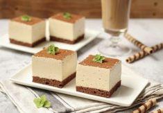 2-3 minute. Peste crema se adugă untul tăiat cubulete Food Cakes, Parfait, Feta, Biscuit, Panna Cotta, Cake Recipes, Dairy, Pudding, Cheese
