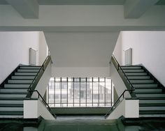 vdvintagedesign:  Bauhaus, Dessau, Germany - Walter Gropius (1926)© Åke E-son Lindman