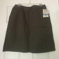 ⤵️ Dockers Khaki Skirt  100% Cotten.  Khaki green/Olive in color Dockers Skirts