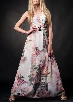 #maxidresses #summerdresses #flowerdresses #saledresses #lightdresses Late Summer, Summer Sale, Light Dress, Flower Bomb, Flower Dresses, Summer Dresses, Fashion, Moda, Floral Dresses