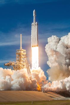 https://spaceflightnow.com/2018/02/15/photos-spacexs-imagery-of-falcon-heavy-test-flight/