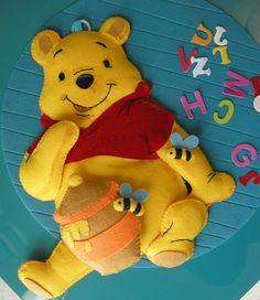 winnie the pooh  simpatico orsetto  annuncio  ghirlanda