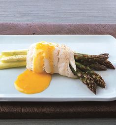 Sole-Wrapped Asparagus with Tangerine Beurre Blanc. try tangerine beurre blanc with pistacio encrusted halibut Fish Dishes, Seafood Dishes, Fish And Seafood, Main Dishes, Holiday Recipes, Great Recipes, Favorite Recipes, Healthy Recipes, Bon Appetit