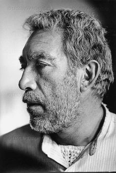 Anthony Quinn (Zorba, il greco) .... dude up!