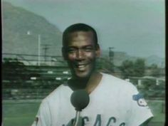 Ernie Banks Sings the Chicago Cubs Fight Song 1970 - Remembering Mr Cub