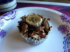 Vegan Apple Banana Quinoa Muffins for breakfast.  #genkikitty #muffin #breakfast #banana #apple #healthy
