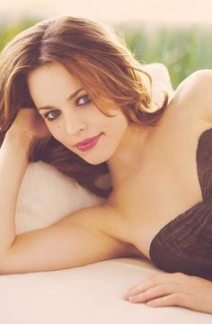One of the very few that can have brown, blonde, or red hair and look just as great! Rachel McAdams: