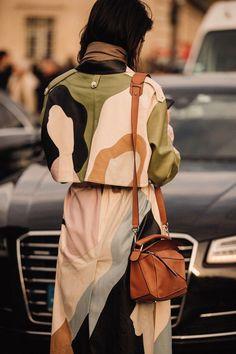 278d86c5520 Street Style  Paris Fashion Week Primavera Estate 2019 - Vogue.it   fashiontrends Autumn