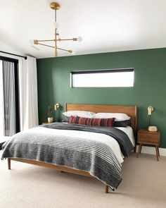 Bedroom paint color schemes can help you redo your entire home. Often the bedroom is one of the last rooms to be decorated in a home simply because it's not open to the rest of the house. Green Rooms, Masculine Bedroom, Bedroom Interior, Home Decor, Bedroom Inspirations, Modern Bedroom, Small Bedroom, Bedroom Wall, Green Bedroom Walls