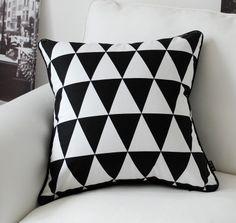 Wholesale Free Shipping!NEW LINE COTON FASHION 45cm*45cm BSL Black & White pillow cushion covers car pillow $15.99