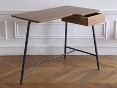 bureau tripode, for MBO, 1952 Furniture Projects, Furniture Design, Wood Steel, Office Table, Mid Century Design, Design Crafts, Furnitures, Desks, Mid-century Modern