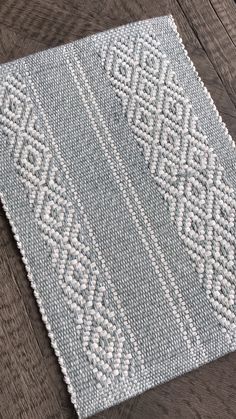 Bespoke Rugs and Fabrics Loom Knitting Patterns, Weaving Patterns, Knitting Stitches, Stitch Patterns, Knitting Tutorials, Free Knitting, Weaving Designs, Weaving Projects, Weaving Textiles