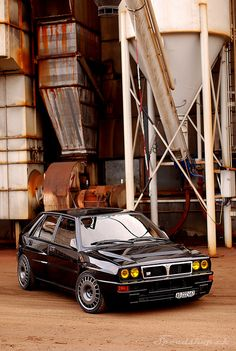 Lancia Delta HF Integrale EVO 2 love the yellow lights too.