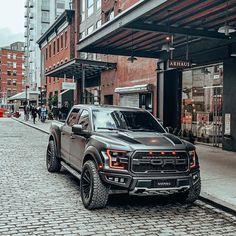Black Ford Raptor, Ford Raptor Truck, Ford Ranger Raptor, Ford Raptor Lifted, Us Cars, Sport Cars, Cool Trucks, Cool Cars, Ford Ranger Wildtrak