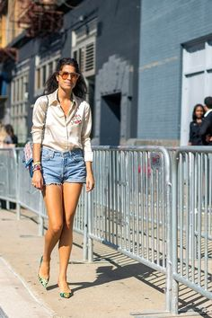 Cute summer outfit ideas to start wearing now: Leandra Medine.