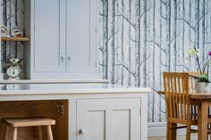 This Scandinavian woodland inspired kitchen with its oak, birch, beech and pine materials create a beautiful and serene space in the heart of Bristol city. Grey Cupboards, Oak Cabinets, Shaker Cabinets, Kitchen Cabinets, Pavilion Grey, Romantic Kitchen, Birch Tree Wallpaper, Plywood Kitchen, Farmhouse Kitchen Tables