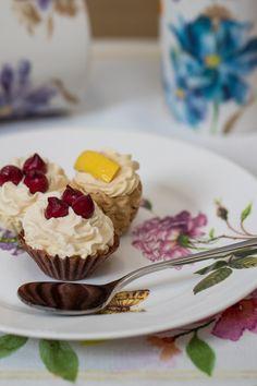 Înveselește-ți masa cu setul de farfurii cu imprimeu inspirat din grădina cu trandafiri!#set farfurii#farfuri