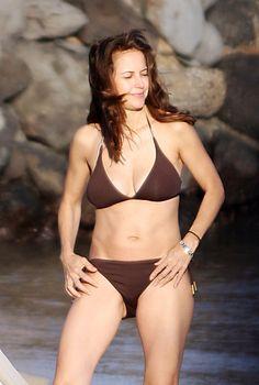 Kelly Preston Kelly Preston, Movie Blog, Movie Stars, Bikinis, Swimwear, Photo Galleries, Lingerie, Celebrities, People
