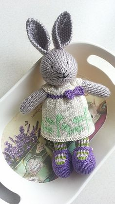 http://www.ravelry.com/projects/Elif0427/bunny-girl-in-a-dotty-dress-2