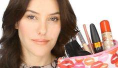 Effortless Beauty – Makeup Essentials Tutorial by Lisa Eldridge