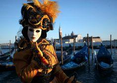 Karneval von Venedig startet in der Lagunenstadt. (Foto: Reuters\Manuel Silvestri)