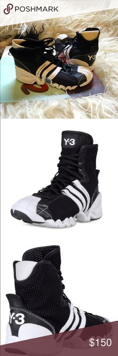 Adidas/Yohji Yamamoto Y-3 KUBO MID Sneakers sz S Rare & sold out everywhere. This is a high top sneaker crafted in stretchy, super comfortable mesh and neoprene, with a Superstar-like shell toe and a crazy zigzag sole. I had been looking for a pair of these for years and I'm so sad these are too small for me. They come in sizes S, M, L, and XL and are unisex. S should fit women sizes 6-8, and men sizes 4.5-6.5. These have only been worn ONCE! Y-3 Shoes Sneakers