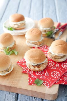 Paula Deen Scallop Burger Sliders with a Cilantro-Lime Mayo