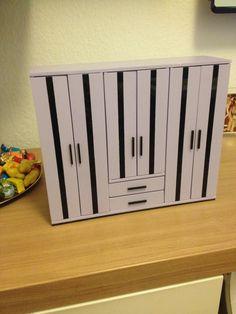 Kleiderschrank für Puppen Bauanleitung zum selber bauen