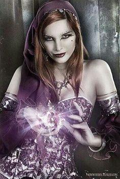 Fortune Teller by Victoria Frances Fantasy Women, Dark Fantasy, Fantasy Art, Julie Bell, Boris Vallejo, Gothic Artwork, Steampunk, Wolf, Luis Royo
