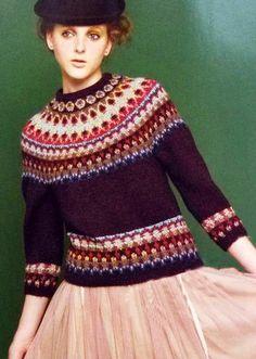 Bohus pattern Fair Isle Knitting, Hand Knitting, Knitting Patterns, Hand Knitted Sweaters, Warm Outfits, Color Patterns, Christmas Sweaters, Knitwear, Knit Crochet