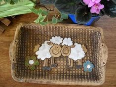 keramický tácek s ovečkama Coin Purse, Lunch Box, Pottery, Easter, Clay, Floral, Decor, Drawings, Tablewares