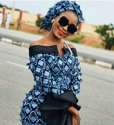 African Lace Dresses, Latest African Fashion Dresses, African Dresses For Women, African Print Fashion, African Attire, Ankara Gown Styles, Ankara Gowns, African Traditional Dresses, Traditional Outfits